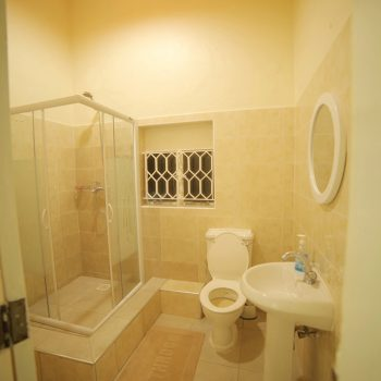 entebbe palm hotel room en suite bathroom